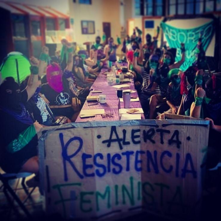 Feministas toman el Congreso de quintana Roo